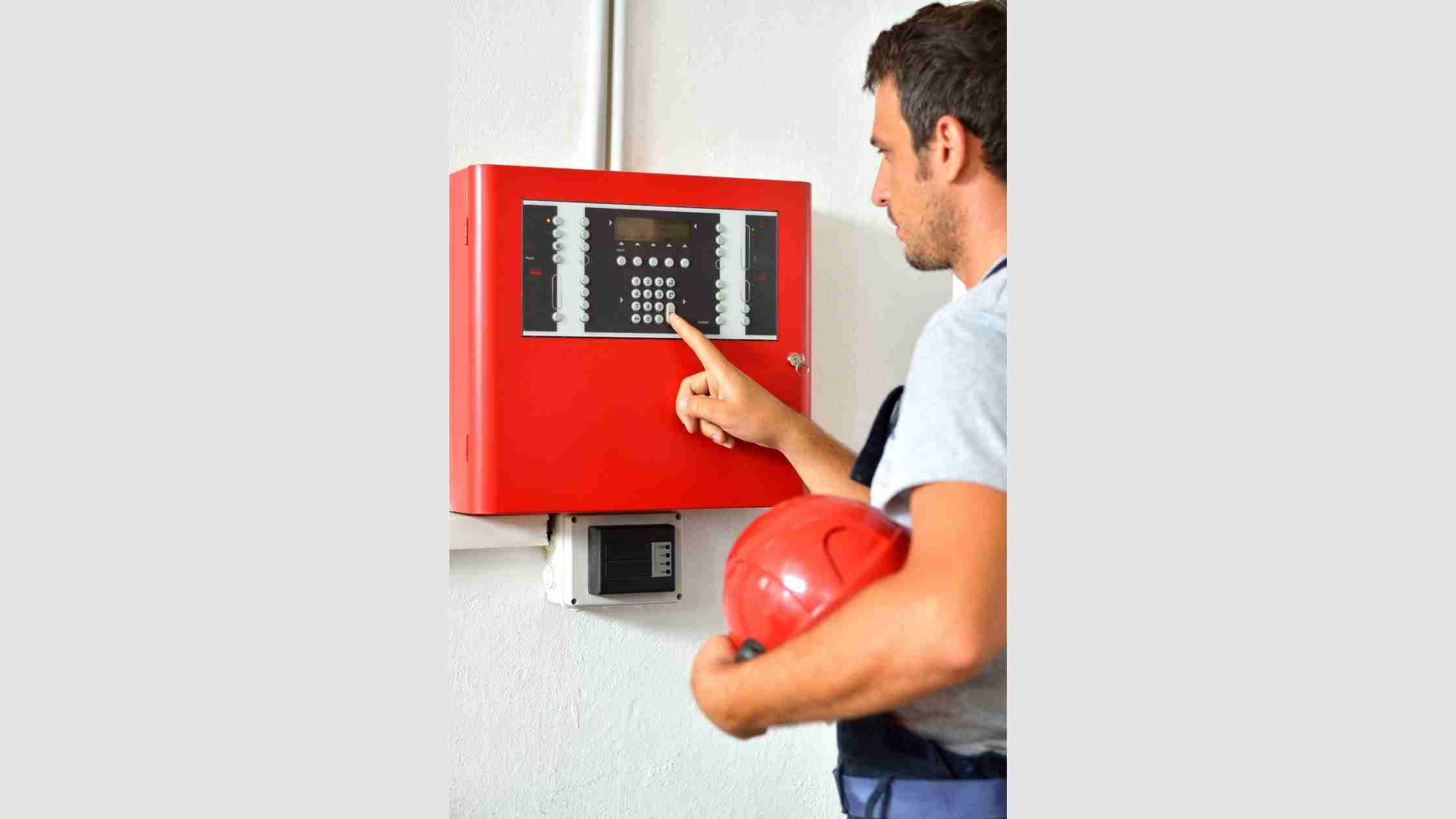 You are currently viewing What Integrated Technologies Improve Efficiency and Safety of Commercial Fire Alarm System?